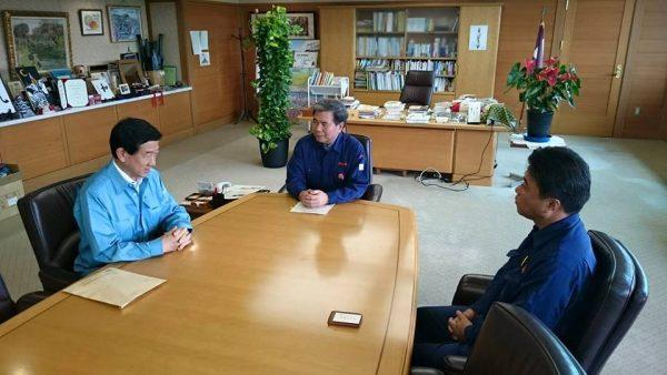 蒲島熊本県知事と伊藤信太郎県連会長