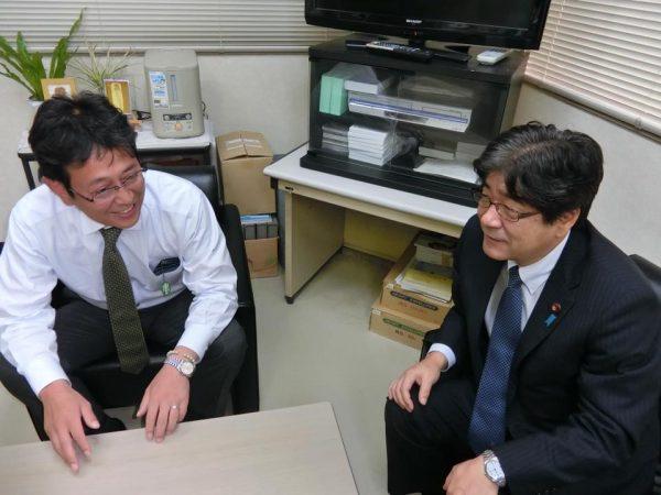 土井とおる支部長と石川県連幹事長